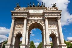 胜利弧- Arco德拉步幅在Sempione公园在米兰,意大利 库存图片