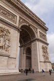 胜利曲拱,著名旅游业地标在巴黎法国 库存照片