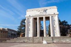 胜利纪念碑在波尔查诺 免版税图库摄影