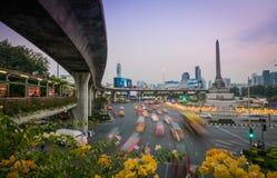 胜利纪念碑风景和都市风景在曼谷,泰国 免版税库存照片