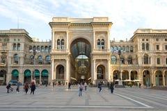 胜者伊曼纽尔画廊的看法II在一个多云9月早晨 米兰,意大利 免版税库存图片