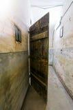 细胞门在堡垒13 Jilava监狱,罗马尼亚 免版税库存照片