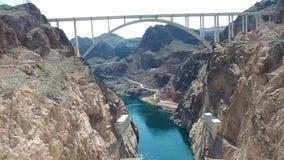 胡佛水坝桥梁科罗拉多河令人惊讶的风景 免版税库存照片