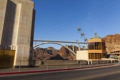 胡佛水坝和新的桥梁在巨石城市, 2013年5月13日的NV 库存图片