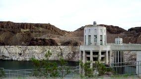 胡佛水坝和科罗拉多河在白天 股票录像