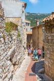 胡同在Eze中世纪村庄,南法国 免版税库存照片