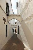 胡同美丽如画卡夫拉,科多巴,西班牙省  库存照片