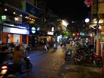 胡志明市,西贡,越南拥挤的街  库存图片