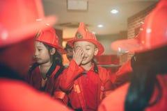 胡志明市,越南- 2016年6月17日, :获得的孩子乐趣 免版税库存图片