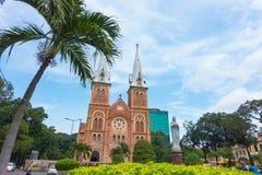 胡志明市-胡志明市9月2017年,越南巴黎圣母院大教堂  库存图片