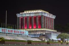 胡志明陵墓在晚上 库存照片