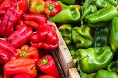 胡椒在一个市场上在普罗旺斯 免版税库存图片