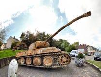 胡法利兹- 9月11 :在阿尔登期间,争斗第116分裂豹坦克敲了下来 免版税库存图片