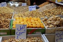 胡说和干果子商店在盛大义卖市场在大不里士 东部阿塞拜疆省 伊朗 库存图片