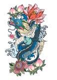 胳膊的日本老龙纹身花刺 与牡丹花,莲花,玫瑰色和菊花花和水飞溅的手拉的龙 皇族释放例证