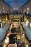 胶内部-购物中心在红场,莫斯科,俄罗斯 库存图片