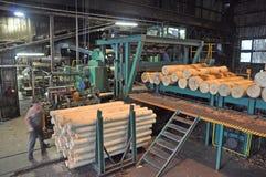 胶合板工厂 免版税图库摄影