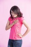 胸口痛妇女 免版税库存图片