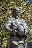胸象特写镜头在塔斯曼纪念碑的在街市霍巴特,澳大利亚 库存图片