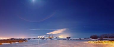 能源厂晚上 图库摄影