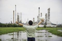 能源厂的手工作者 图库摄影