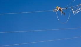 能量导线的工程师工作者 免版税库存照片