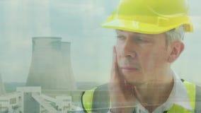 能量工作者的反射发电站的 股票录像