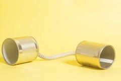 能给锡打电话 黑色通信概念收货人电话 库存照片