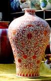 脊椎瓷花瓶 库存照片