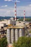 脏储水池的工厂 免版税库存图片