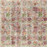 脏的葡萄酒玫瑰色花植物的墙纸背景重复 库存图片
