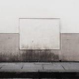 脏的街道墙壁 库存照片