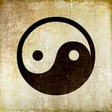 脏的yin杨标志葡萄酒样式 免版税库存图片