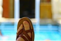 脚趾和凉鞋假期 图库摄影