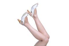 脚跟高行程鞋子妇女 库存图片