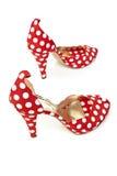 脚跟高s穿上鞋子妇女 图库摄影