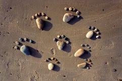 脚,小卵石,沙子,艺术,海滩 免版税图库摄影