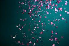 腌制槽用食盐秋天宏观紫罗兰色水晶  免版税图库摄影