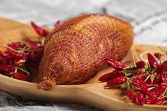 腌火腿和匈牙利红色辣椒粉 免版税库存图片