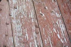 腐朽桃红色棕色葡萄酒摘要背景和纹理的木头 库存照片