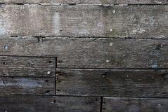 腐朽的板条表面在木小船船身的 免版税库存图片