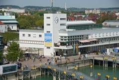 腓特烈港港口的策帕林飞艇博物馆  免版税库存照片