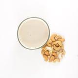 腰果牛奶从上面 免版税库存照片