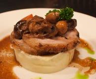 腹部蘑菇猪肉 库存图片