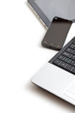 膝上型计算机、智能手机和片剂个人计算机 免版税库存照片
