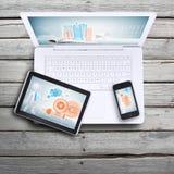 膝上型计算机、片剂个人计算机和智能手机 图库摄影