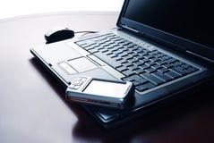 膝上型计算机个人计算机矿穴 免版税库存照片