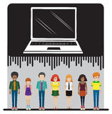 膝上型计算机和一群人 免版税库存照片