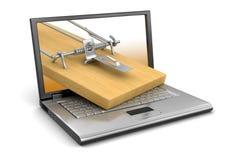 膝上型计算机和捕鼠器(包括的裁减路线) 免版税库存照片