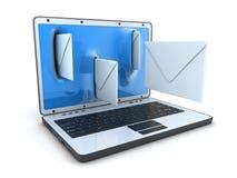 膝上型计算机和飞行信包 库存图片